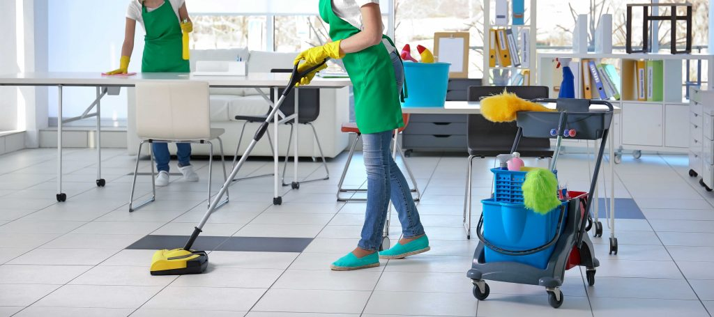 WHY IS IT A GOOD IDEA TO HIRE PROFESSIONALS FOR ONE-OFF CLEANING? – SERVICE KING