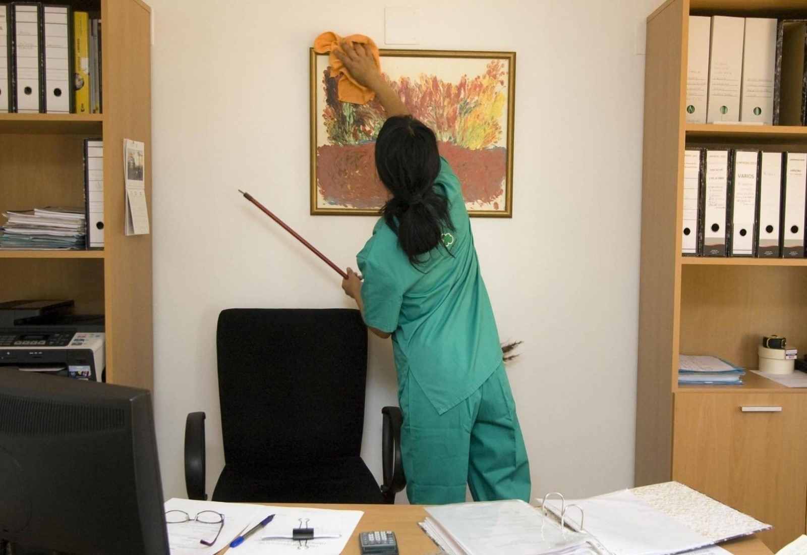 Commercial Clean office cleaning periodical