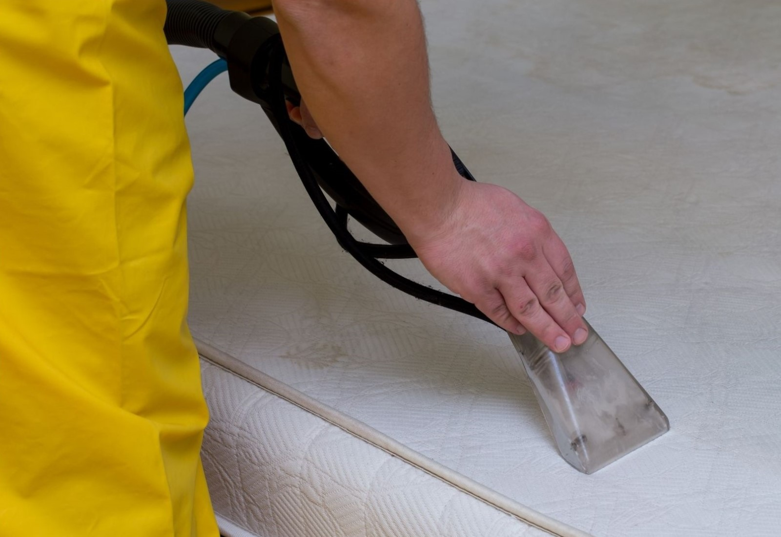 Commercial Mattress Cleaning Sanitizing