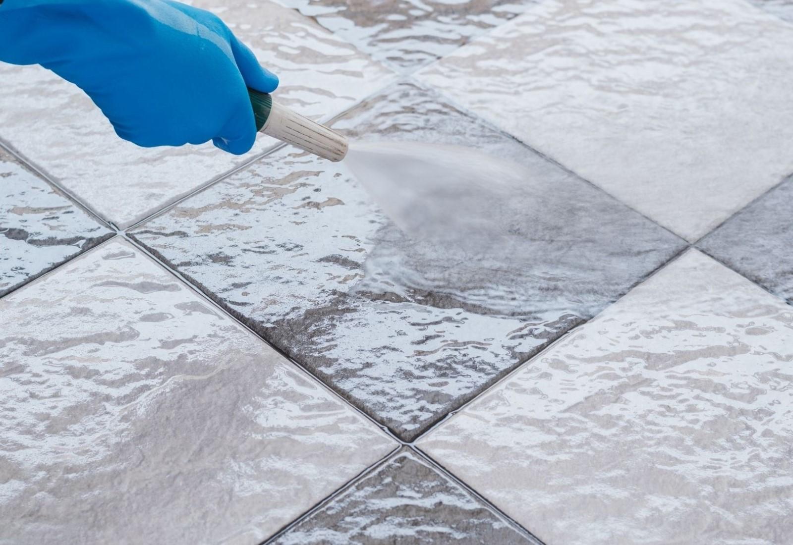 Exterior tile clean